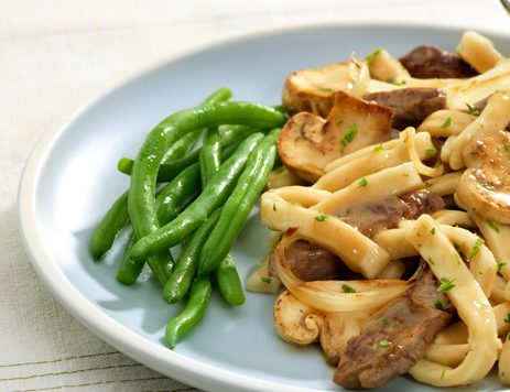 Easy Beef and Noodles with Gravy