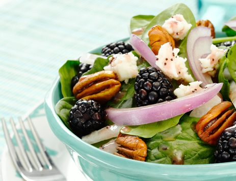 Summer Berry & Spinach Salad