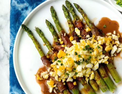 Prosciutto-Wrapped Asparagus With Hard-Boiled Egg